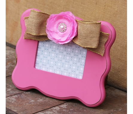 Olivia Pink Scalloped Picture Frame