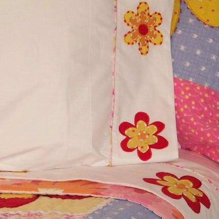 Olivia Quilt with Pillow Sham