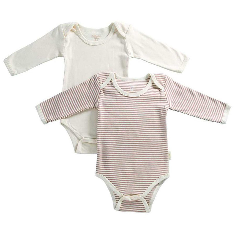 The long sleeve version of our Classic Baby Bodysuit is made from high-quality organic cotton interlock fabric to provide a finish with unmatched quality you can feel. Its supreme softness and versatility make this organic bodysuit is an essential piece for any growing baby.