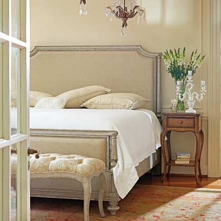 Palais Upholstered Bed