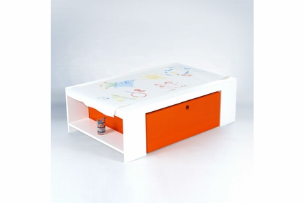 Parker Playtable with Paper Roll