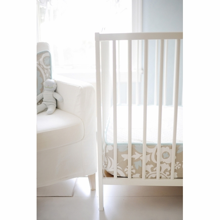 On Sale Picket Fence Bumperless Crib Sheet