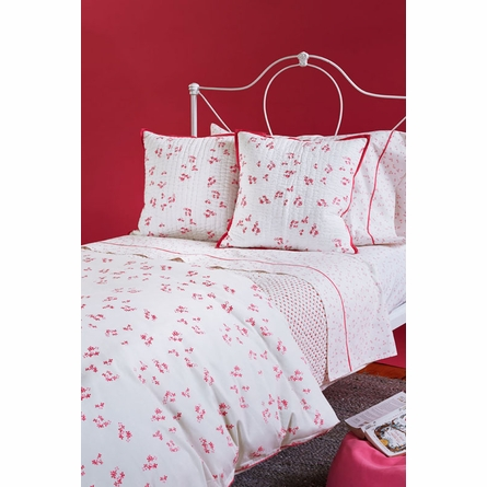 Pretty with Pink Decorative Quilted Pillow Cover