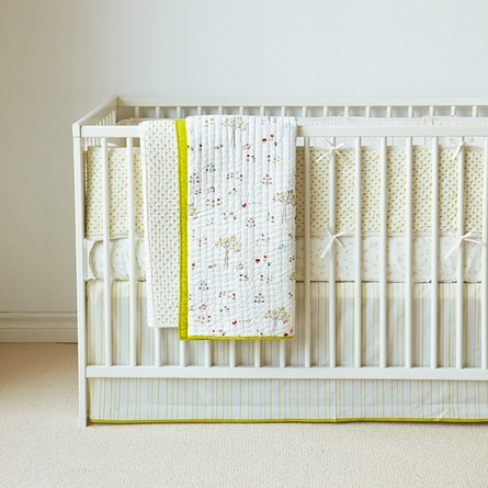 Rabbit Patch Crib Quilt