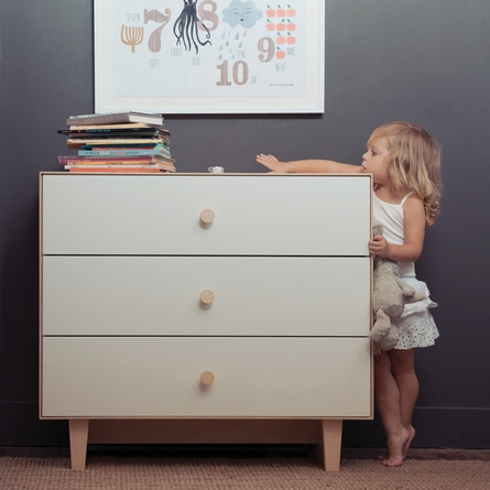 Rhea 3 Drawer Dresser in Birch and White