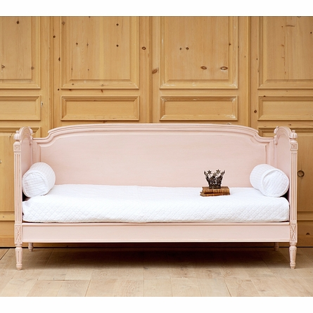 Saint Andrew's Daybed