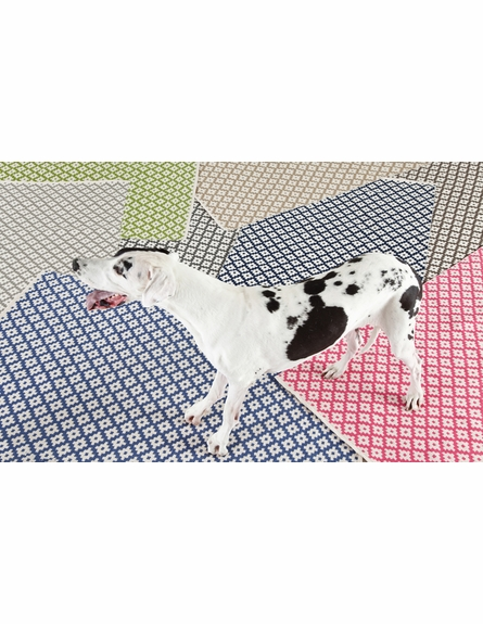 Samode Indoor/Outdoor Rug in Graphite and Ivory