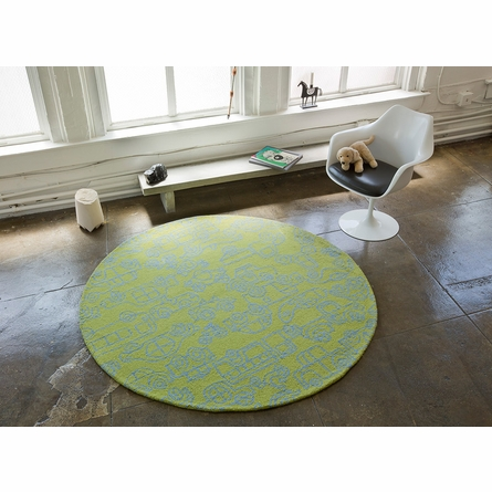 Seasons Round Rug in White and Lotus Green
