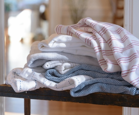 Stitched Plaid Coverlet - White/Dove Gray