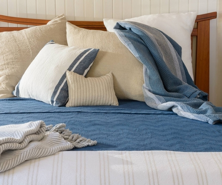 Stonington Coverlet - White/Carmen