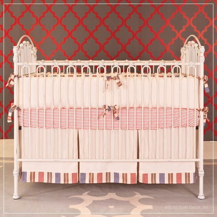 Venetian Crib in Distressed White