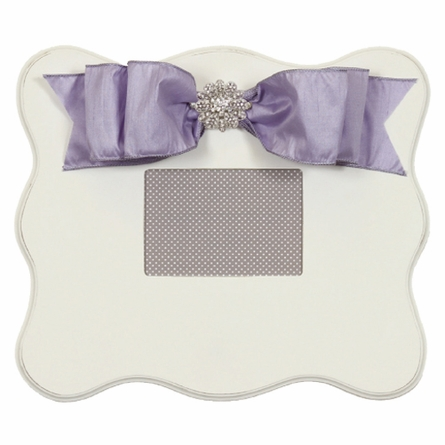White Scalloped Wall Picture Frame