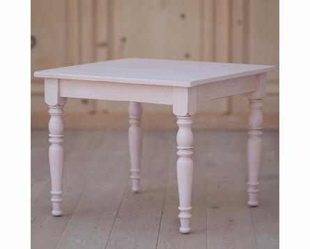 William's Square Table