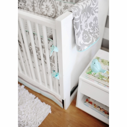Wink Crib Bedding Set