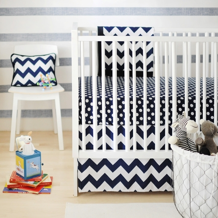 Zig Zag Baby Crib Bedding Set in Navy