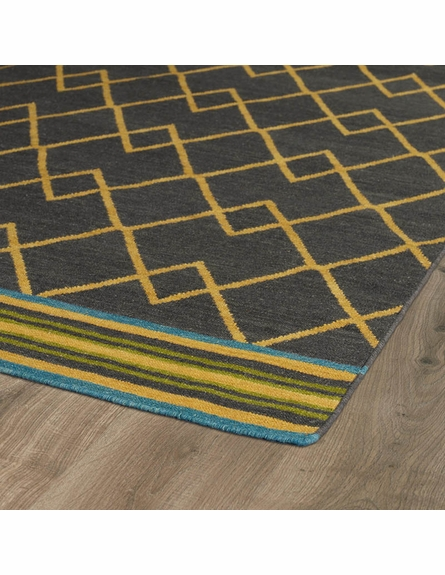 Zig Zag Nomad Rug in Charcoal