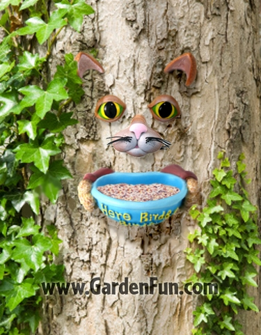 Cat Tree Face Bird Feeder - Click to enlarge