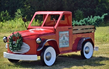 Large Red Christmas Truck - Click to enlarge