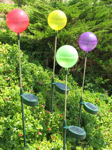 Solar Ball Garden Stakes (4-pack) - Click to enlarge