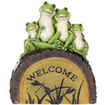 Solar Welcome Frogs on Tree Trunk