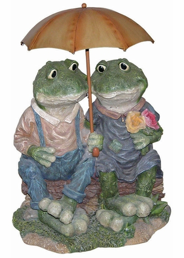 Two Frogs w/ Umbrella - Click to enlarge