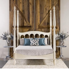 Castilla Bed in Antique White<font color=a8bb35> NEW </font>
