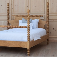Cottage Spindle Bed