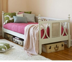 Glen Cove Daybed With Trundle Option