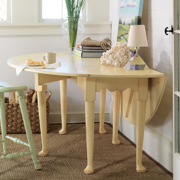Somerset Bay Hamptons Oval Dining Table