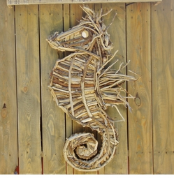 Handcrafted Driftwood Seahorse <font color=a8bb35> NEW</font>