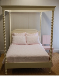 Madeline Canopy Bed<font color=a8bb35>NEW</font>