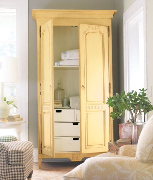 Somerset Bay Middleburg Armoire
