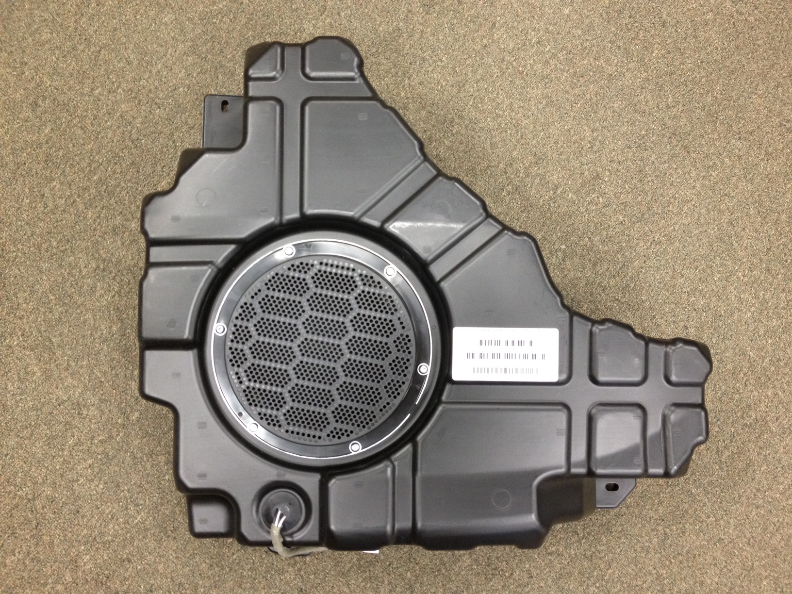 2011-2017 WK Grand Cherokee Subwoofer
