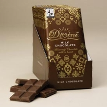 "Divine ""Fair Trade"" 28% Milk Chocolate, 100g/3.5oz. - 5 Bar Pack"