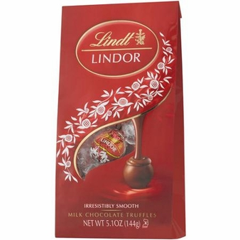 "Lindt Swiss Chocolate - Lindor Truffles ""Milk Chocolate with a Smooth Filling!"", 12 Piece Bag, 144g/5.1oz. (6 Pack)"