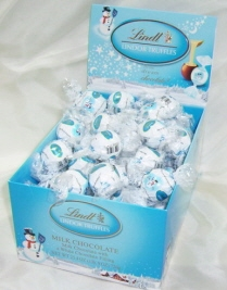 Lindt Truffle - Lindt Lindor Truffles, Milk Chocolate with a White Chocolate filling, 28 Piece Bag (Single)