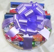 Milk Chocolates (Medium Gift Basket)
