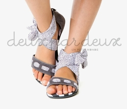 "Deux par deux ""Eye On Fashion"" Grey Sassy Sandals"