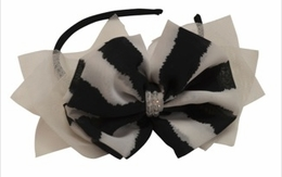 "Isobella & Chloe ""Vienna"" Black & White Headband SOLD OUT!"