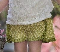 "Persnickety ""Forget Me Not"" Green Dot Tillie Short"