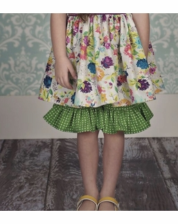 Persnickety Spring Holiday Green Mae Short *FINAL SALE*