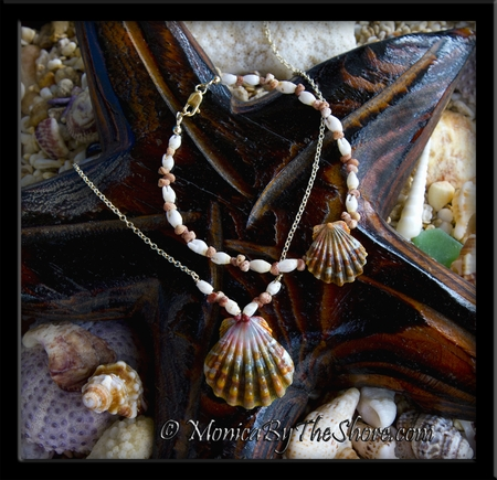 Kahelelani (Niihau) & Laiki (Rice) Shell Sunrise Shells Necklace & Matching Bracelet Gold Set