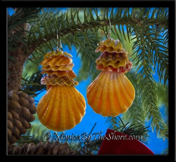 Magnificent North Shore Hawaiian Giant Sunrise Shell and Molokai Sunrise Shell Chips Earrings