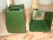 "3.25"" square green pot"