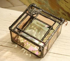 Artist - Kathy Gustafson's Glass Art Jewelry Boxes, Trays, Keepsake Boxes, Lamps, Photo Frames & Business Card Holders