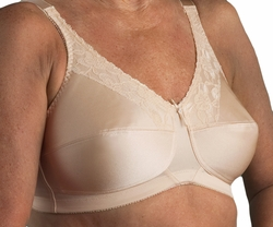 Nearly Me Lace Bandeau Pocketed Bra #600