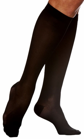 Sigvaris 840 Soft Opaque Knee High Stockings, Closed Toe (15-20mmHg)