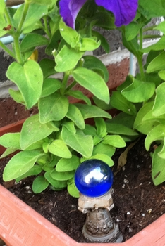 Gazing Ball ~ Enchanted Garden Accessory