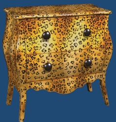 LEOPARD CHEST