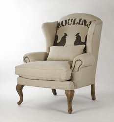 ZACHARIE CLUB CHAIR (ROOSTER FABRIC)